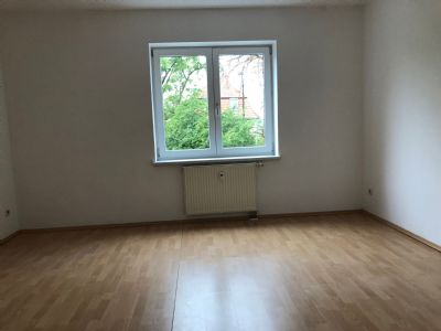 3 raum wohnung mit gro em balkon wohnung weimar 2nwwd44. Black Bedroom Furniture Sets. Home Design Ideas