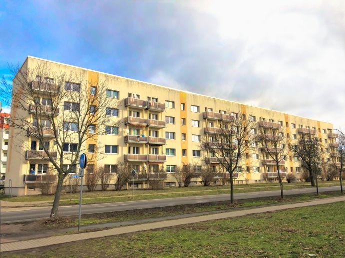 Schöne 4-Zimmer-Wohnung mit Balkon in Aken (Elbe)