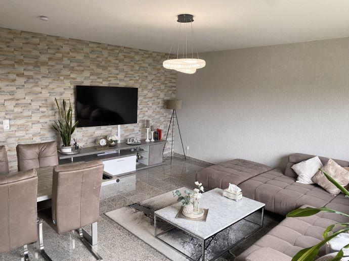 Provisionsfreie Top gepflegte 3- Zimmerwohnung