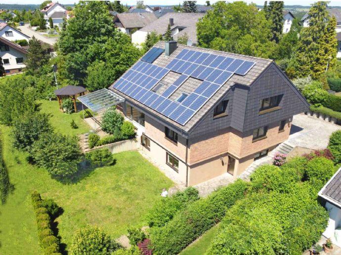 Grandioses Wohnhaus mit Einliegerwohnung und PV-Anlage in Balinger Top-Lage