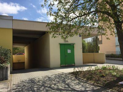 Fürstenfeldbruck Garage, Fürstenfeldbruck Stellplatz