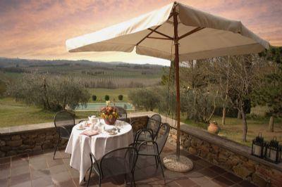 Ferienvilla mit privatem Pool und Tennisplatz im Weingut bei Siena