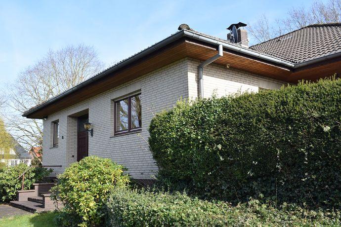 Von Privat - solides, geräumiges Haus im Ortskern von Winsen/Aller