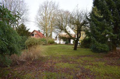 Grundstücksrarität in Sackgassenlage mit Altbestand
