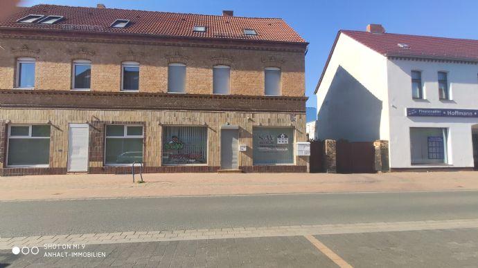 4-Raumwohnung im Dachgeschoss | zentral gelegen in Bitterfeld