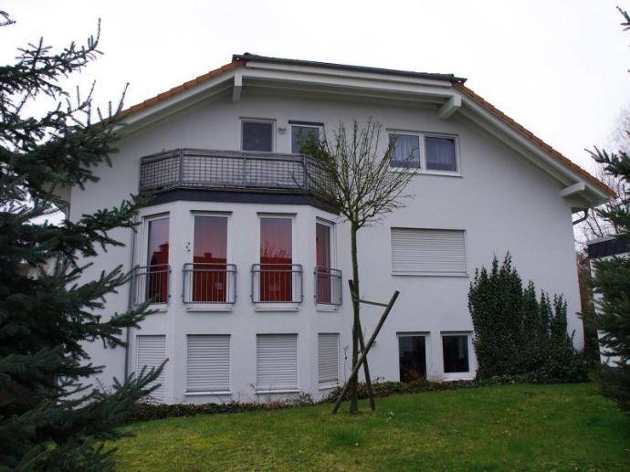 Diverse 1-Zimmer-Apartments mit Kochnische, Dusche/WC, Balkon/Terrasse mit Gartenmitbenutzung, PKW Stellplätze vorhanden