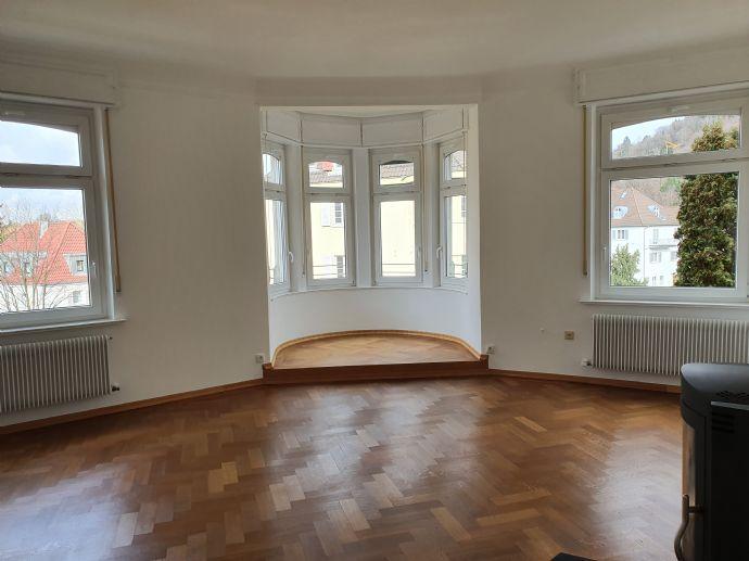 Komplett sanierte 5-Zimmer-Wohnung zu vermieten! Großzügig und mit viel Charme in der Reutlinger Ost