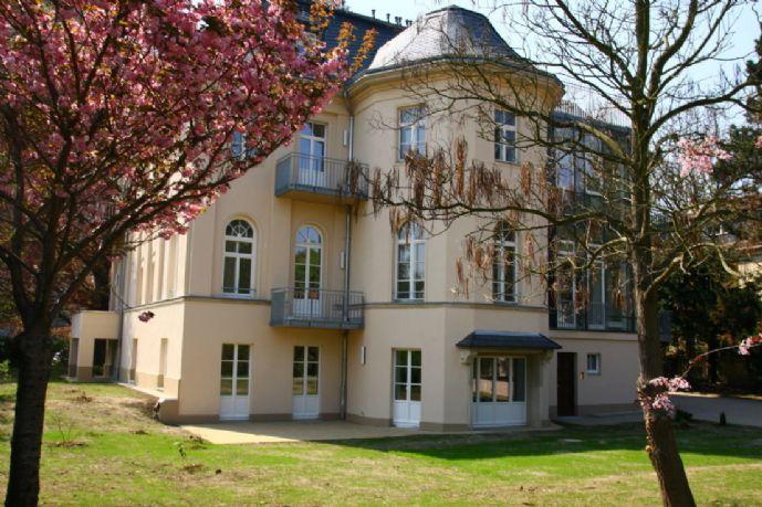 MSH   Kapitalanlage*schöne 2-Zimmer-Wohnung mit Terrasse in Dresden-Striesen*Stadtvilla im Grünen