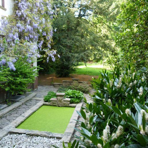 Ein privater Hofgarten in zentraler Lage