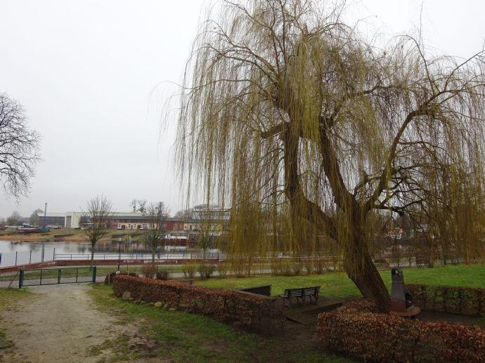Sanierte 4-Raum-Wohnung mit Havelblick inkl. Garten