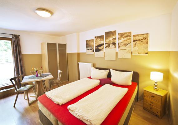 Möbliertes 1-Zimmer-Apartment mit 17qm mitten in Heßdorf nahe Erlangen ab sofort frei