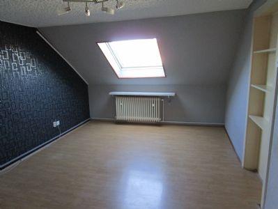 Dachgeschosswohnung im Dreifamilienhaus in Werl zu verkaufen
