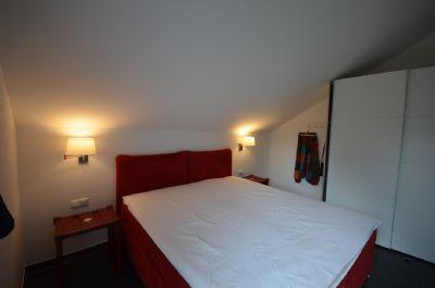 17  Schlafzimmer Nr. 3 rot