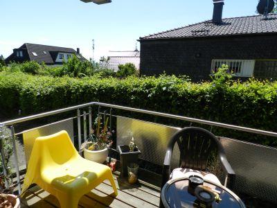 lohmar dahlhaus wohnen im gr nen sehr sch ne 2 zimmer einbauk che balkon auto stellplatz. Black Bedroom Furniture Sets. Home Design Ideas