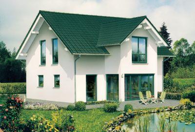Großes, modernes Familienhaus mit traumhaftem Wintergarten