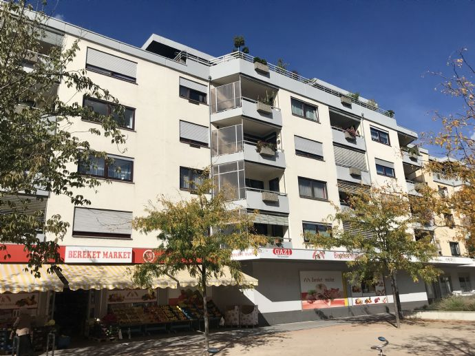 Große zentrale 4,5-Zimmer-Wohnung mit Balkon im Weil am Rhein