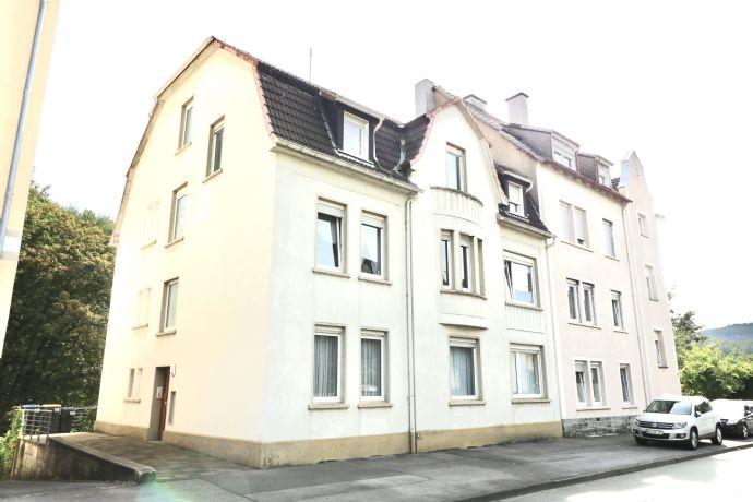 3-Familienhaus mit Sonnigen Grundstück in