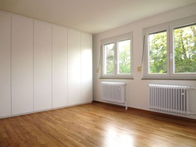 helle doppelhaush lfte in sonniger und ruhiger lage. Black Bedroom Furniture Sets. Home Design Ideas
