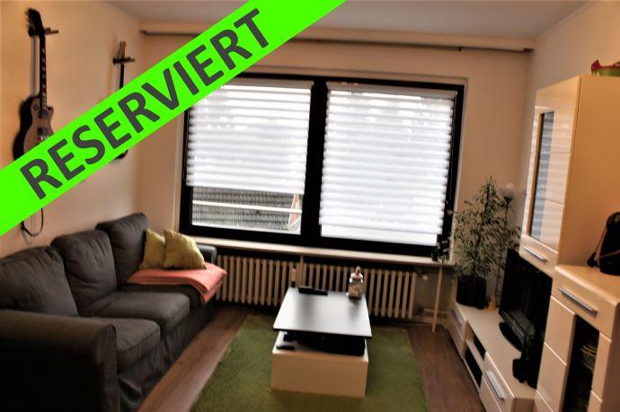***RESERVIERT*** Schöne 2 Raum Single Whg in OB-Osterfeld - renoviert -