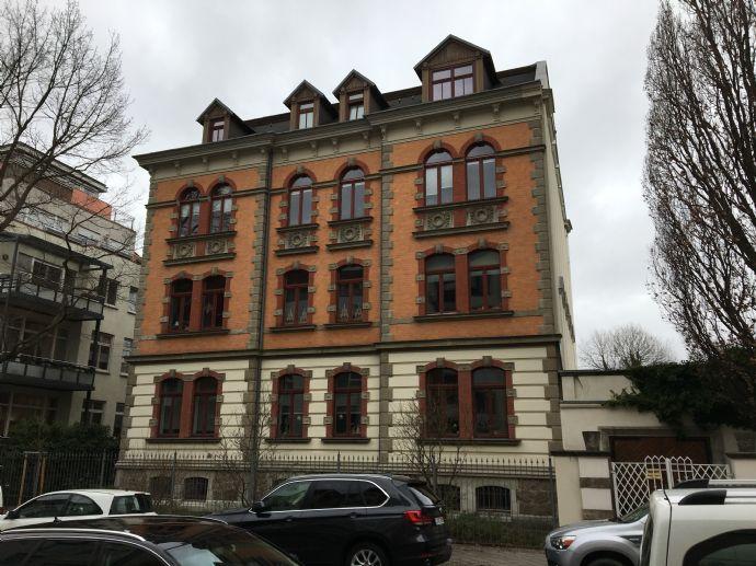 5-Raum Wohnung im 1.OG mit Balkon in Gohlis-Süd