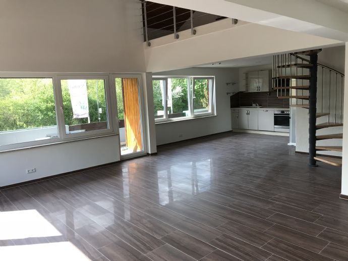 6-Raum-Wohnung - Bezugsfertig ab sofort