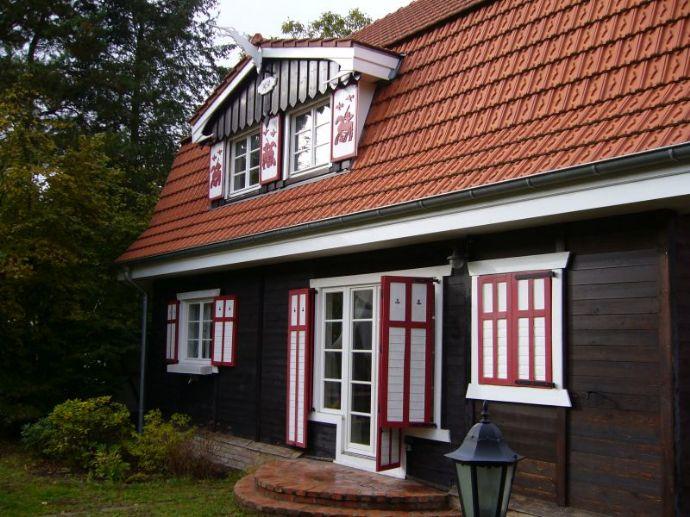 Liebevoll saniertes Holzhaus aus den 30iger Jahren nahe Badewiese