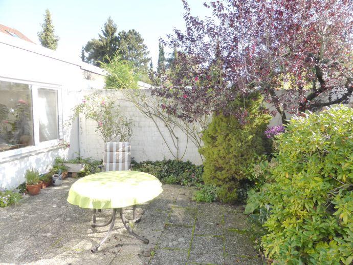 Wunderbarer Gartenhof-Bungalow in sehr guter, bevorzugter Wohnlage *Atriumbauweise*
