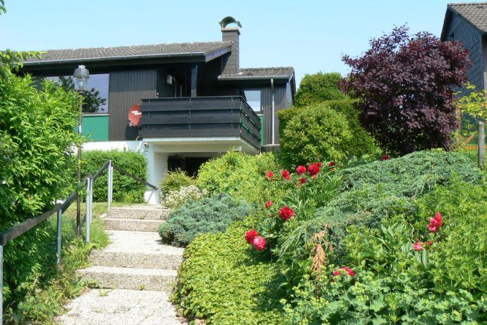 Ferienhaus/ EFH mit Garten in Altenbeken
