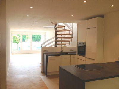 ruhiges reihenhaus im olympiadorf zu vermieten reihenmittelhaus m nchen 29kmp4e. Black Bedroom Furniture Sets. Home Design Ideas