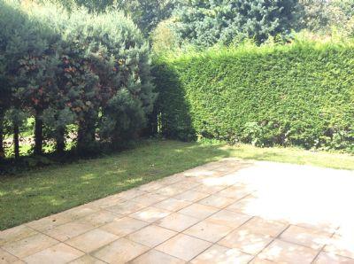 Zum Haus gehörender Garten