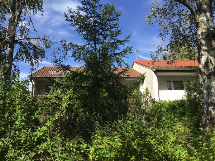 Großes Liebhaber Grundstück mit Haus - ca. 800qm2 mit Südgarten inkl. ZFH - Im Herzen der Gartenstadt Ottobrunn.