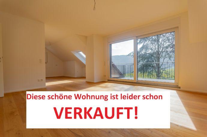 Bestlage Hochwertig renovierte DG Wohnung