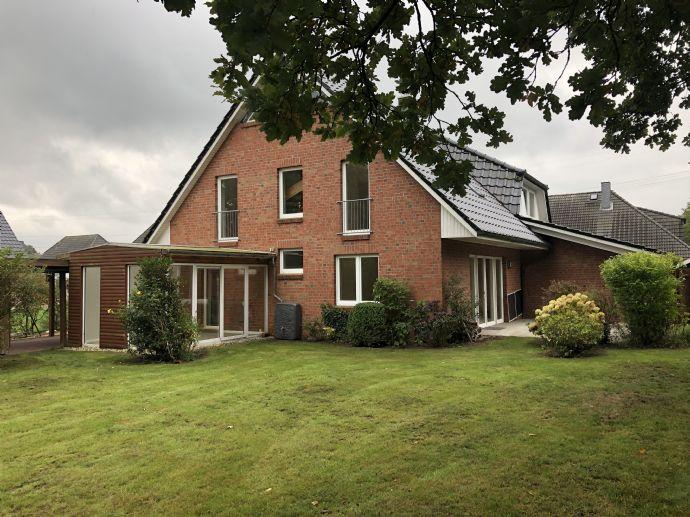 Doppelhaushälfte/renoviert/großer Garten