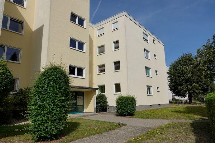 Großzügige & helle 4-Zimmer-Eigentumswohnung mit großem Balkon in guter Wohnlage