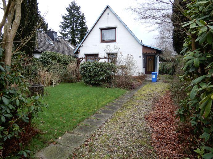 Möbliertes gepflegtes Einfamilienhaus vom Handwerker, volle Ausstattung und gepflegter Zier-Garten in Reinbek/Neu Schönningstedt am Stadtrand Hamburg