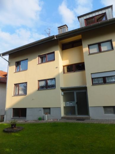 Chice 4 Zimmer Dachgeschosswohnung in begehrter Lage von Birkenfeld