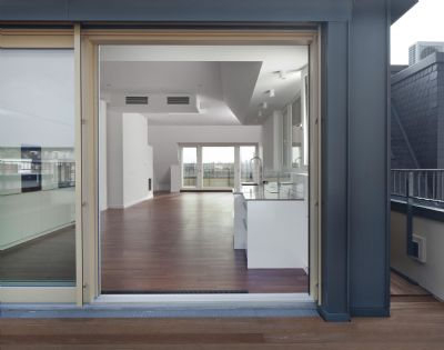 city concept luxusdachgescho wohnung auf prachtvollem altbau gro e dachterrasse erstbezug. Black Bedroom Furniture Sets. Home Design Ideas
