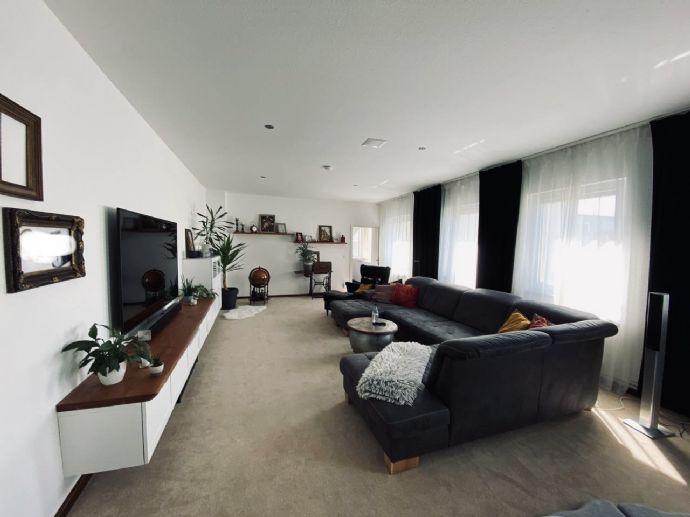 Einmalige Loft Wohnung über 4-Etagen