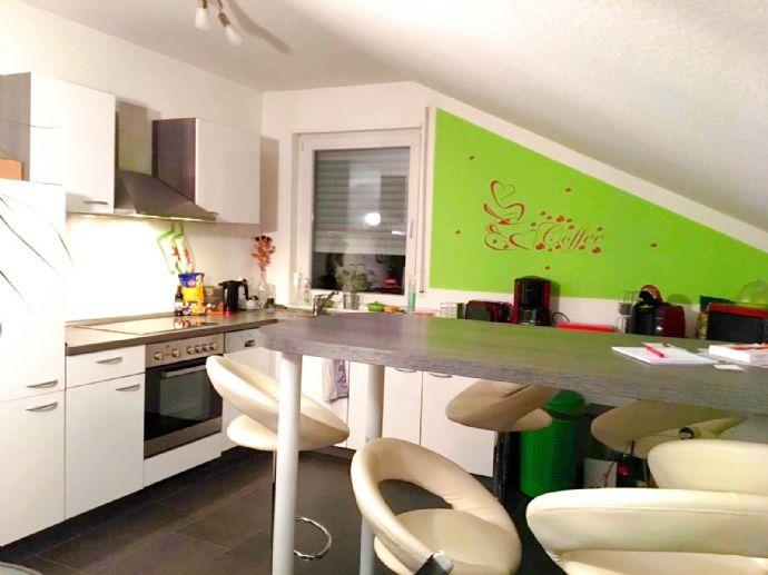 Geräumige, helle Wohnung im Obergeschoss eines Neubaus