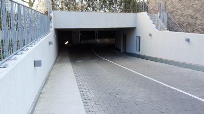 Frankfurt am Main Garage, Frankfurt am Main Stellplatz