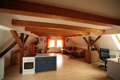 Der Wohnbereich mit Einrichtungsbeispiel (2)