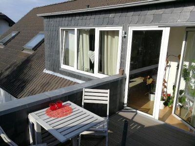 ruhie und sch ne dachgeschosswohnung wohnung k ln 2e9r44w. Black Bedroom Furniture Sets. Home Design Ideas