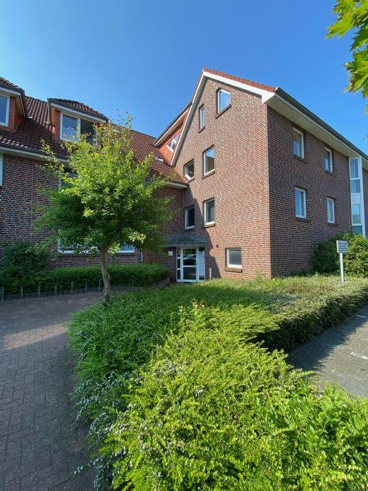 Geräumige 3-Zimmer Wohnung mit Balkon in Leer
