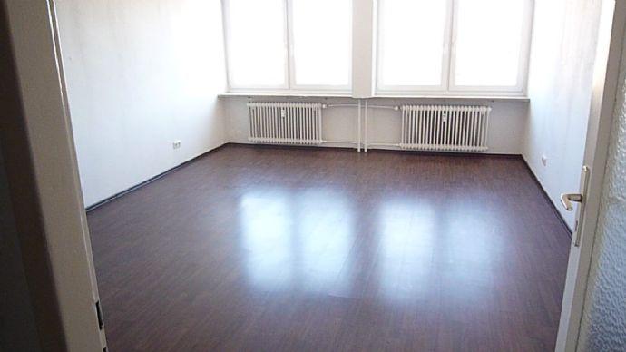 Möglich auch als WG-Wohnung*****Wohnen in Zentrale Lage in Nürnberg