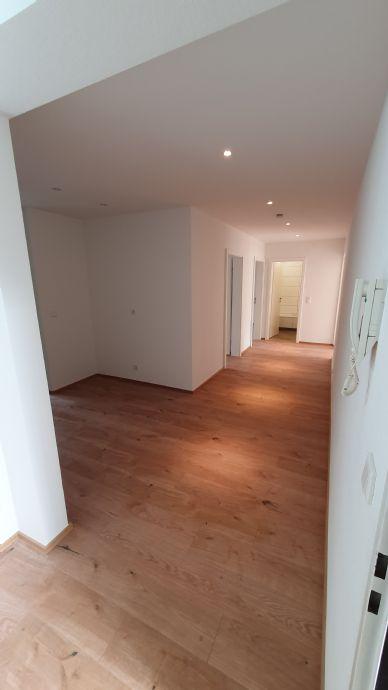 Dortmund schöne, lichtdurchflutete und  sanierte 3-Zimmer-Wohnung zu vermieten