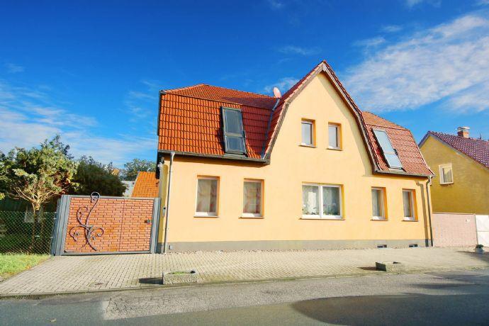 tolles saniertes Einfamilienhaus mit EInliegerwohnung in Oranienbaum