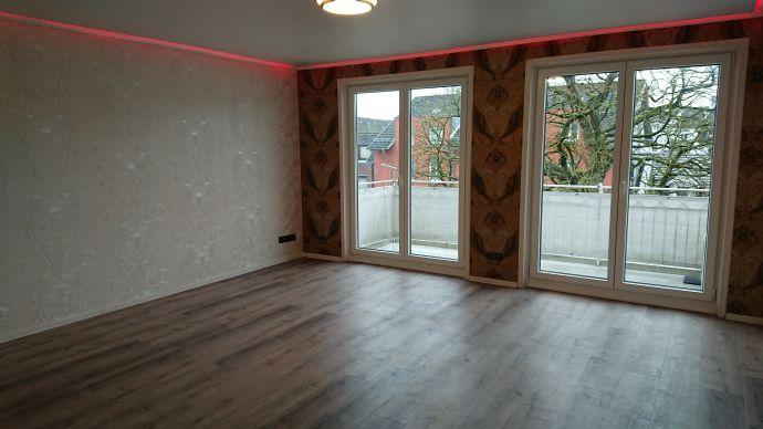 1-Zi.-Whg., neu renoviert, Balkon und EBK in Hamburg, auch möbliert möglich!
