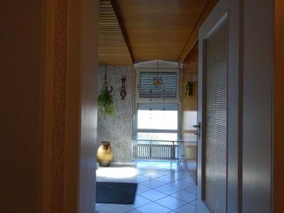 kurgebiet bad d rrheim wohnhaus mit einliegerwohnung und 4 apartments garagen stellpl tze haus. Black Bedroom Furniture Sets. Home Design Ideas