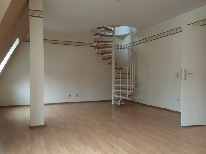 3-Raum-Dachgeschoss-Maisonettwohnung