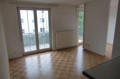 1,5-Raum Wohnung; Süd-West-Balkon; Badewanne; Parkett; Uninähe